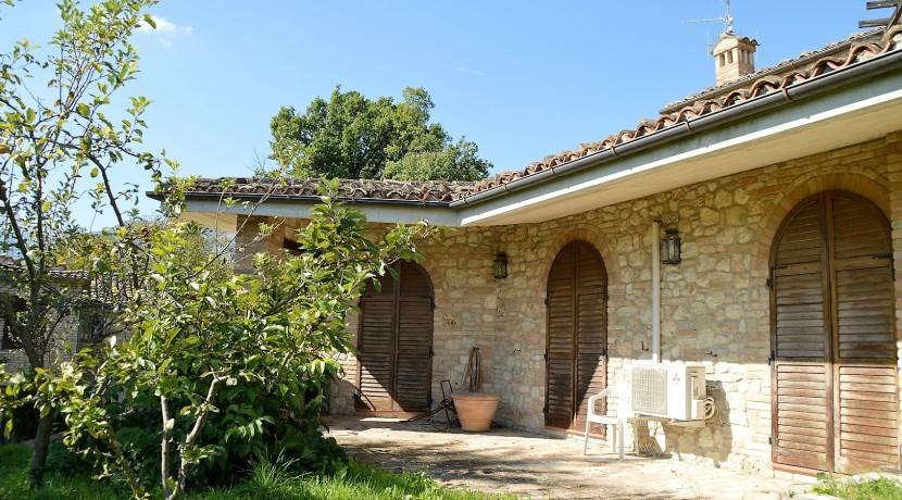 153_09_Villa_Sarnano