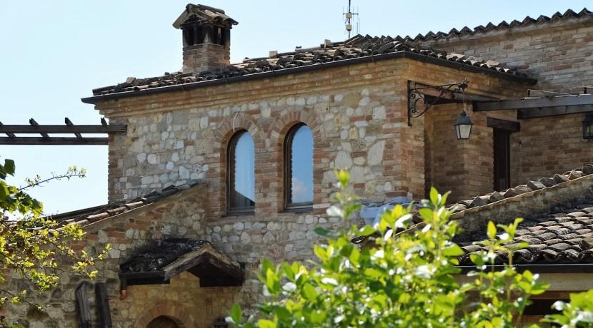 153_25_Villa_Sarnano