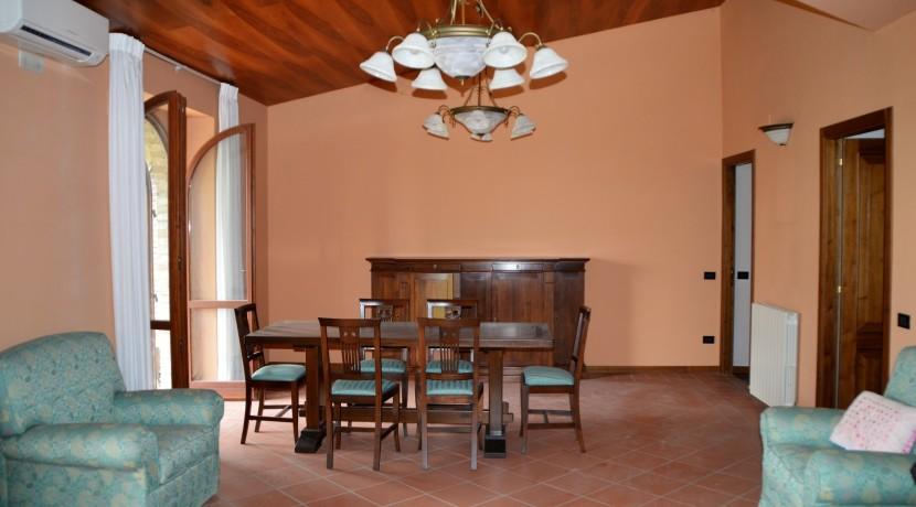 153_30_Villa_Sarnano
