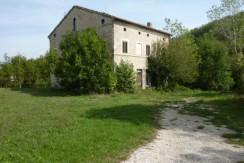 0156_1_Azienda_Agricola_Sarnano