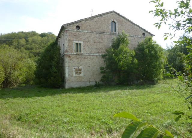 0156_2_Azienda_Agricola_Sarnano