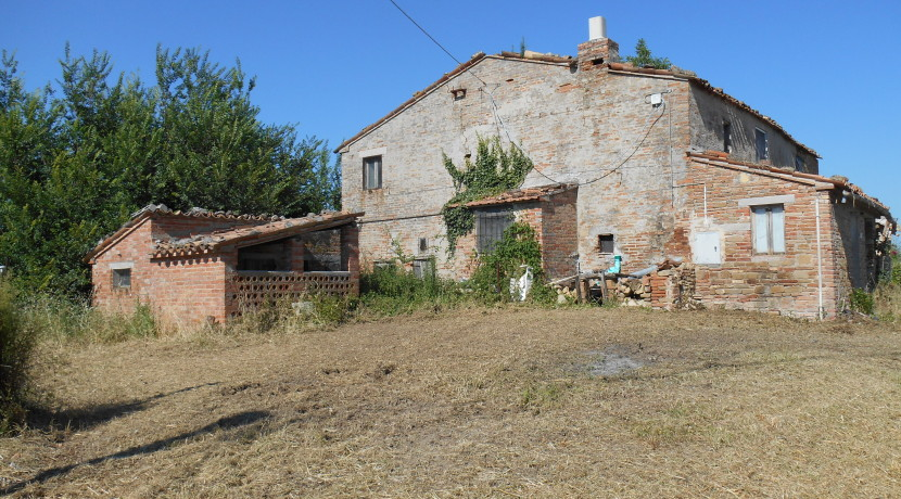 148_02_Rustico_Sant_Angelo_in_Pontano