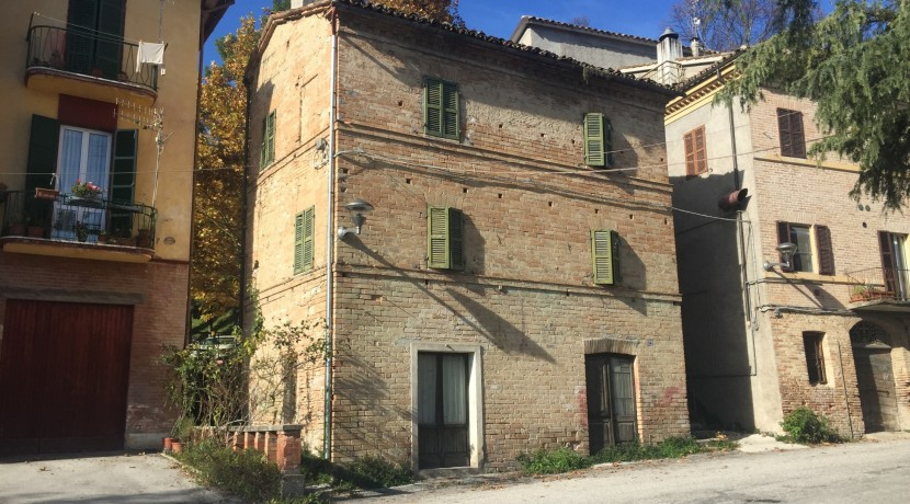 183_01_Abitazione_Sarnano_Centro