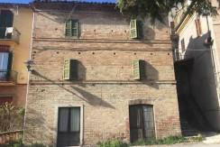 183_02_Abitazione_Sarnano_Centro
