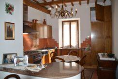 219_06 Abit centro storico Sarnano