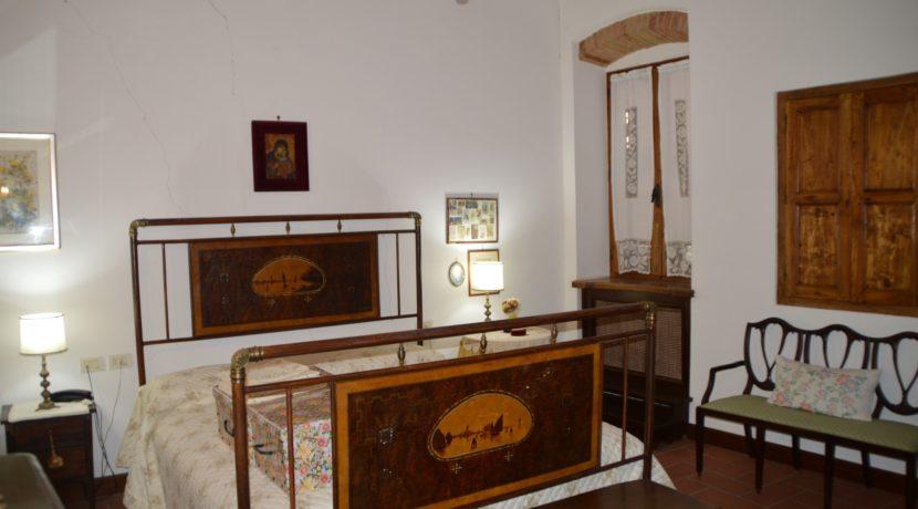 219_09 Abit centro storico Sarnano