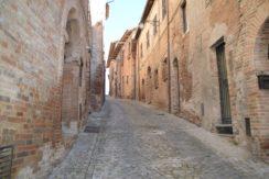 219_38 Abit centro storico Sarnano