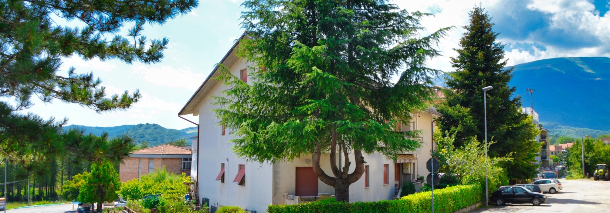235 – Appartamento centrale Sarnano