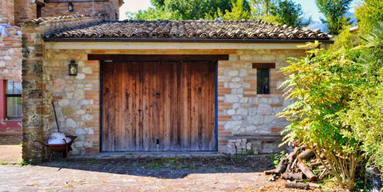 153_08_Villa_Sarnano