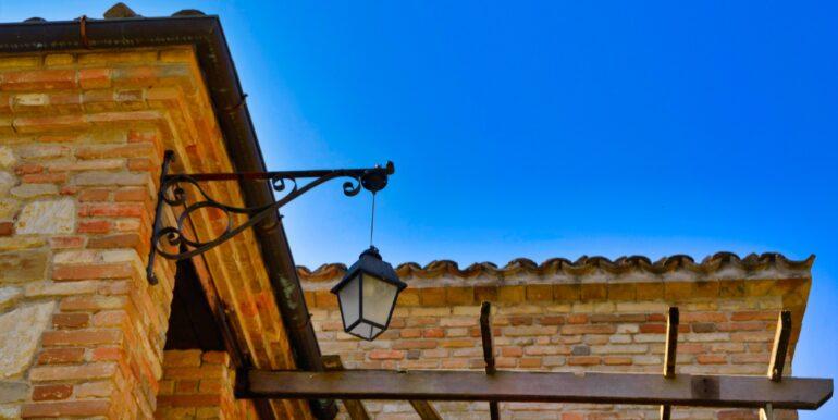 153_10_Villa_Sarnano
