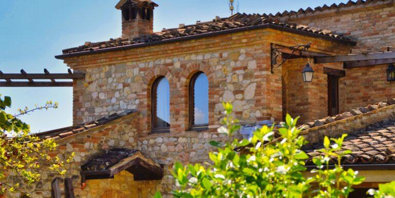 153_21_Villa_Sarnano