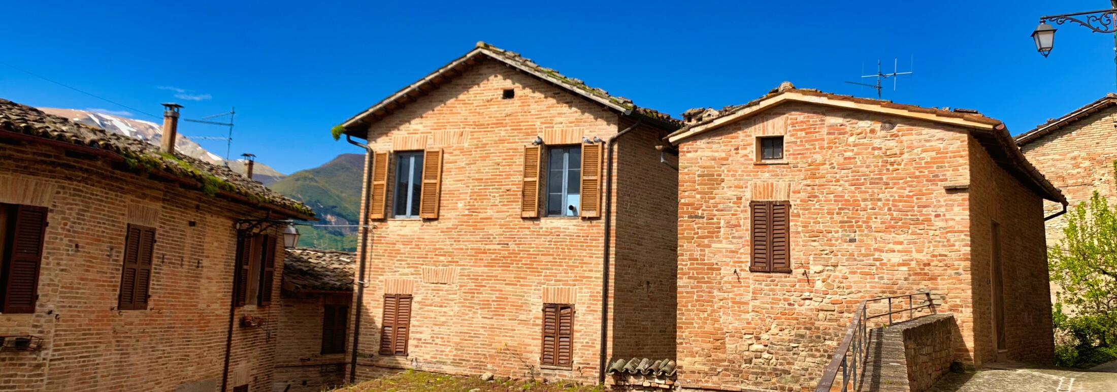 247 – Abitazione Centro Storico con Giardino